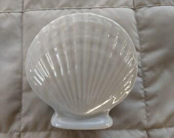White ceramic shell planter/vase