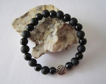 Bracelet has Celtic pattern