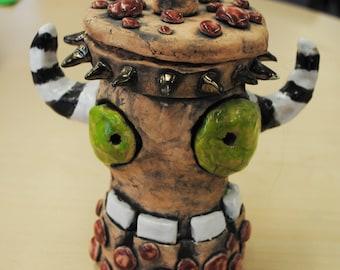 Horned Monster Pot, ceramic sculpture with lid
