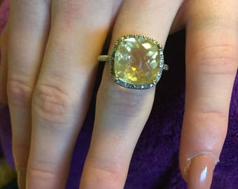 Mother's Day Sale: Faceted Citrine + Diamonds Vintage Ring - Citrine Ring -Large Citrine + Diamonds Gemstone Ring - Vintage Citrine Ring