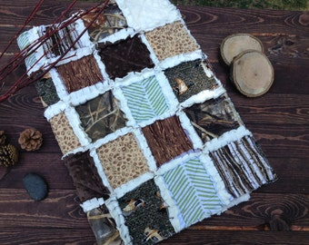 Baby Rag Quilt - DUCK HUNT– Feature Collections: Real Tree Duck Camo & Max 4 Advantage Camo - Hunting blanket, Camo baby bedding, woodgrain