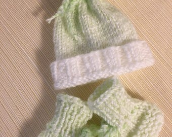 Preemie, Preemie Clothing, Preemie Hat, Preemie Booties, Preemie Hat and Booties, Preemie Set, Photo Prop