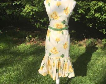 1950s belted dress/ floral dress