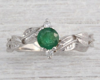 Emerald Leaf Engagement Ring, Emerald Engagement Ring, Emerald Ring, Vintage Emerald Leaves Ring, Floral Engagement Ring With Emerald Gem