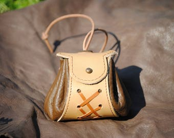 Small Brown and beige leather purse