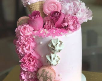 LOCAL ONLY, Pinkalicious Mini Cake