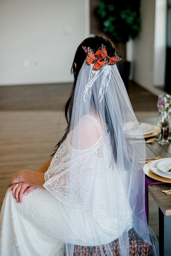 Butterfly Headpiece, Bridal Headpiece, Monarch Butterfly, Wedding Veil, Veil, Butterfly Hair Comb, Long Veil, Single Tier Veil MONARCH