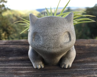 Small Concrete Bulbasaur Planter - Candleholder - Handmade Decor - Pokemon Fan Art