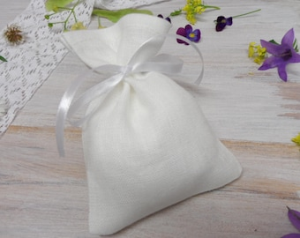 White linen bags 60. Jewelry bag. Candy bags. Small gift bags. Burlap mini bags. Favor bags. Romantic wedding