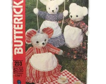 Butterick 203 Crafts Bear Rabbit Mouse Pajama Bag UNCUT