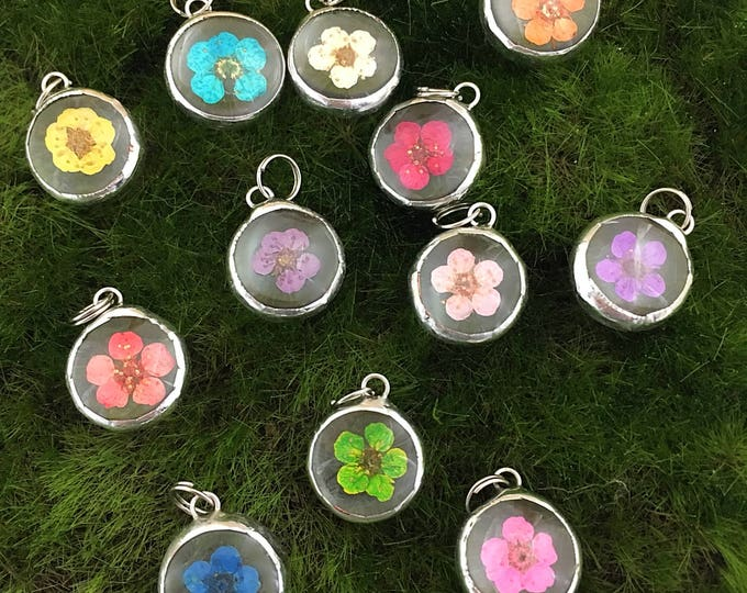 Featured listing image: Flower Charms