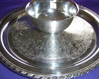 """SILVERPLATE Engraved Dip Tray w/ Sauce 12'"""" Fixed Bowl, By ONEIDA"""