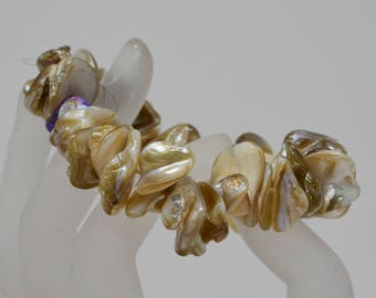charming mother of pearl chip bracelet