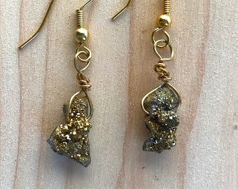 Gold druzy earrings, Raw stone earrings, Natural earrings