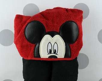 Kid's Hooded Towel - Mickey Mouse Hooded Towel – IMickey Mouse Towel for Bath, Beach, or Swimming Pool
