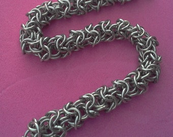 Turkish roundmaille bracelet.  Stainless steel.  Gift boxed.