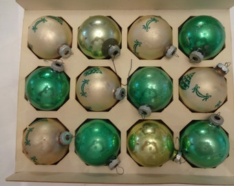 Vintage Christmas tree ornaments. 12 inbox USA
