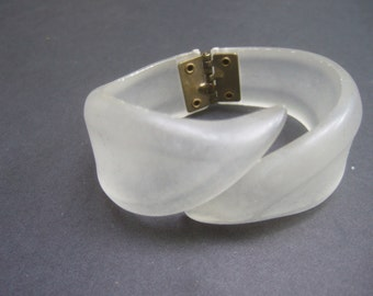 Frosted Lucite Hinged Clamper Bracelet c 1950s