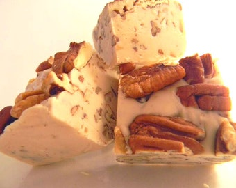 Julie's Fudge - PRALINES & CREAM - One Pound