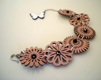 Nude Leather Flower Bracelet