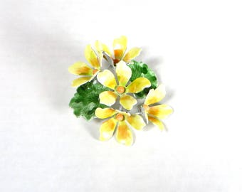 Vintage Enamel Flower Brooch Yellow Flowers Enameled Pin Spring Fashion Jewelry Retro 1960's Enamel Flower Dress Pin