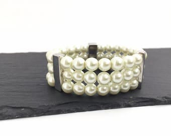 Pearl Cuff Bracelet,  Elastic Bracelet, Wedding Bracelet, Bridal Bracelet, Bridesmaid Bracelet, Ivory Pearl Bracelet, Gift For Her, B2208BQ