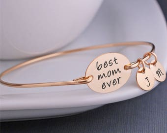 Mother's Day Gift for Wife, Personalized Gold Best Mom Ever Bangle Bracelet, To Mom From Kids, Gold Mothers Bracelet