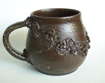 Textured Chocolate Flower Mug (12fl oz)