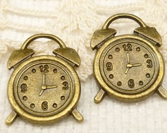 Olf Fashioned Alarm Clock Charms, Antique Bronze (6) - A105