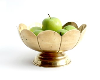 Solid Brass Bowl, Scalloped Edge Fruit Bowl, Mid Century Home Decor