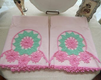 Beautiful Pair Vintage Handmade Shabby Chic Cottage Rose Pillow Cases