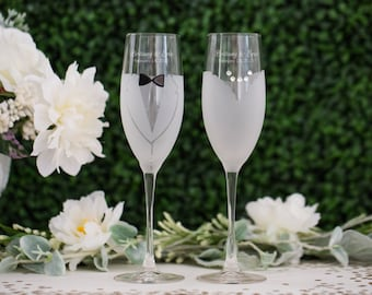 Personalized Bride & Groom Wedding Toasting Flutes (Set of TWO) Engraved Tux and Dress Champagne Glasses, Wedding Gift, Engagement Gift