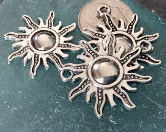 3 - Sun Antiqued Pendants, Sun charm, New Series, Silver plated necklace, antiqued charm