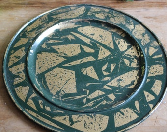 green & gold candle plate