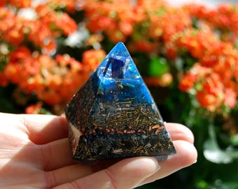 FREE Shipping ! Orgone Orgonite® Pyramid with Lapis Lazuli natural terminated clear quartz Crystals EMF Protection Orgone Generator®