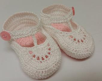 Baby Booties Baby Girl Booties Newborn Booties Crochet Baby Booties Pink White T-Strap Newborn Baby Girl or Reborn Doll Baby Shower Gift