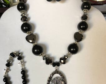 Midnight Black Necklace, Bracelet, and Earrings Set