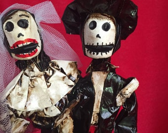 Day of the Dead figurines..
