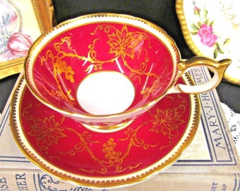 AYNSLEY tea cup and saucer Athens shape gold gilt & red pattern teacup large