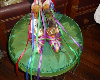Mutant Couture Presents...1970's Shoe Biz Ribbon Pumps! Size 10!