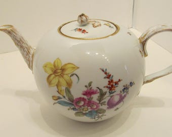 Meissen Teapot c. late 1700s - early 1800s - FREE INSURED SHIPPING