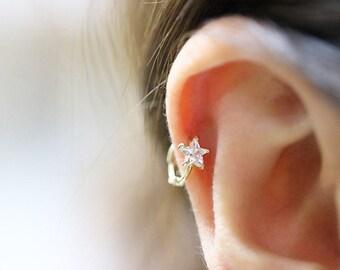 10K Solid Gold piercing/CZ hoop earring/Helix piercing/cartilage earring/Tragus piercing/Rook piercing/Daith piercing/Snug piercing/StarHoop