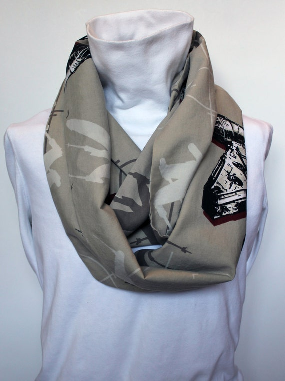 Star Wars Women's Infinity Scarf