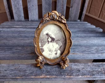 "Vintage Alfred's Wood Picture Frame Small Wooden Decorative Carved Floral Photo Frame Year 1982 Size 5""x 3 1/4"" Los Angeles"