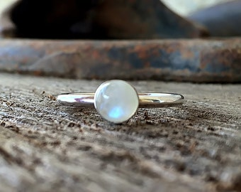 Moonstone Ring Sterling Silver, Natural Stone Ring, White Stone Ring, Rainbow Moonstone Jewelry, Silver Moonstone Gemstone Ring for Women