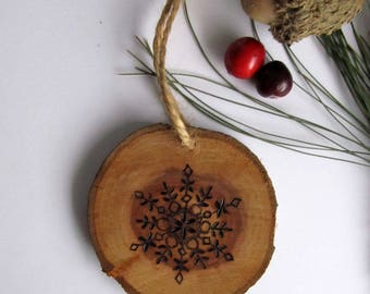 Snowflake Ornament / Christmas Ornament / Christmas Snowflake / Reclaimed Wood Holiday Ornament / Stocking Stuffer / Wooden Holiday Ornament