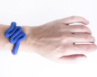 Zig Zag - Neon bracelet in blue and pink