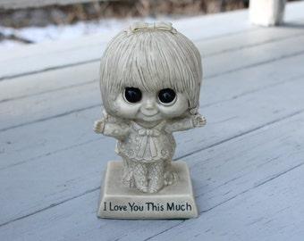 "Vintage 70s MOD Big Eye KAWAII Flower Power Girl Wallace Russ Berrie Sillisculpt Plastic 'I Love You This Much' 6"" Statuette Doll Figure"
