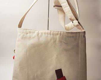 Japanese Messenger style shoulder bag in Ecru