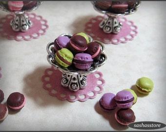 12th scale miniature macarons, dollhouse miniature macaroons, dollhouse food, french food